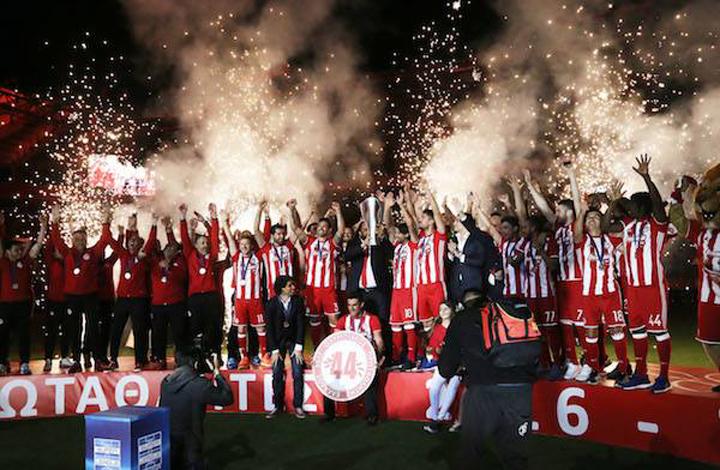 Ο Ολυμπιακός πανηγύρισε το 7ο συνεχόμενο πρωτάθλημα και συνολικά 44ο, με μία μεγαλειώδη γιορτή, στο γήπεδο Γ. Καραϊσκάκης
