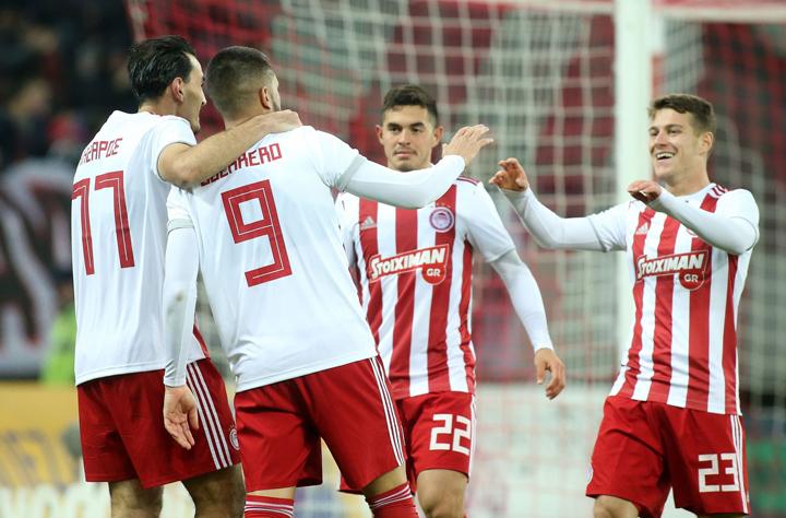 Ο Ολυμπιακός συνέτριψε 4-1 την Καλαμάτα και πέρασε εύκολα στους «8» του Κυπέλλου Ελλάδος