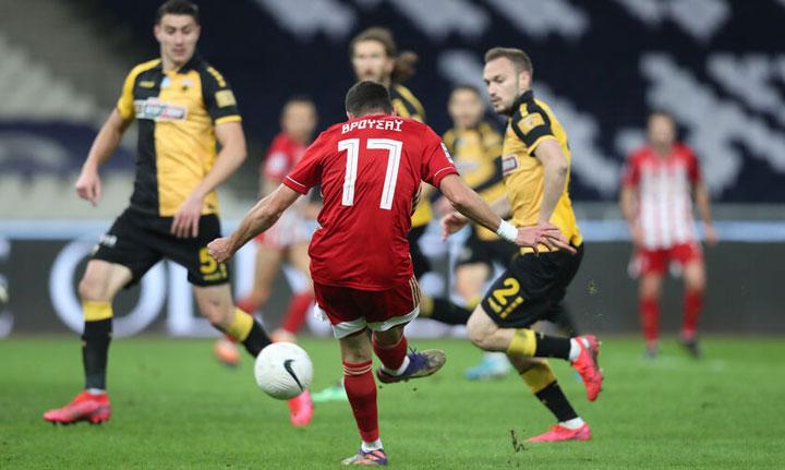 Τον βαθμό της ισοπαλίας κατέκτησε ο Ολυμπιακός στο ντέρμπι με την ΑΕΚ στο ΟΑΚΑ 1-1
