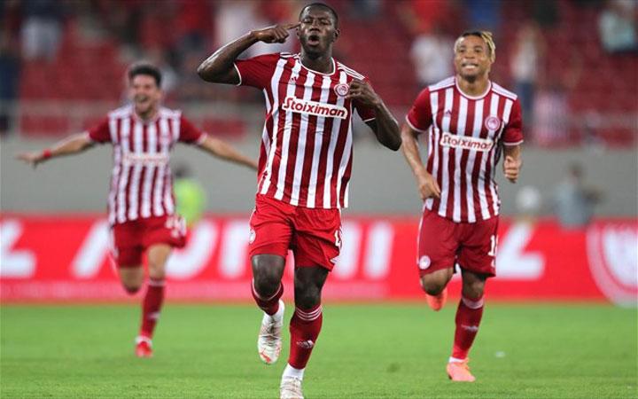 Ο Ολυμπιακός επικράτησε 1-0 της Νέφτσι Μπακού στο Καραϊσκάκη και απέκτησε προβάδισμα πρόκρισης για τον γ' προκριματικό γύρο του UEFA Champions League